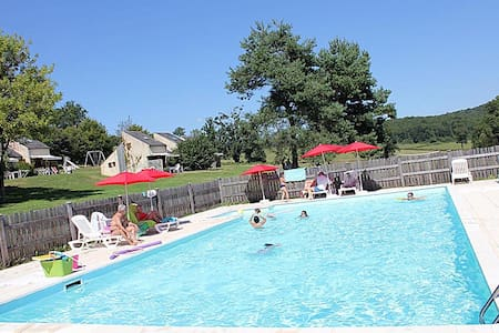Nice family holidays place, heated swimming-pool ! - Mainsat