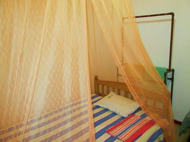 Triple room in Eco Villa-Sinharaja - Deniyaya - Bed & Breakfast
