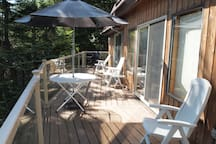 Front deck with barbecue