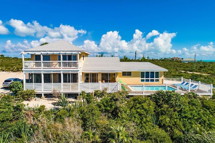 Conch Pearl Holiday Villa