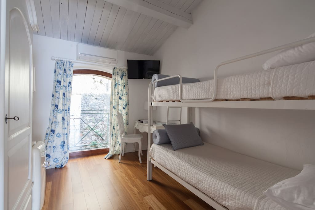 Scuola di mare santa teresa camera n 1 case in affitto - Riscaldamento alternativo in casa in affitto ...