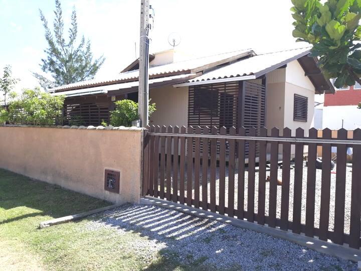 Casa na Praia de Camacho - SC