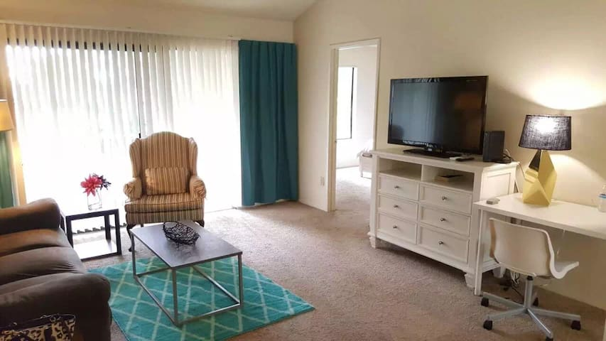 LA rowland heights queitly APT 2 bedroom 2bath - Rowland Heights - Apartment