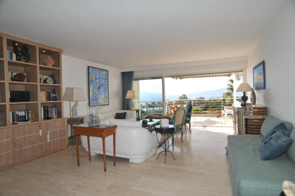 very big leaving room with stunning sea views