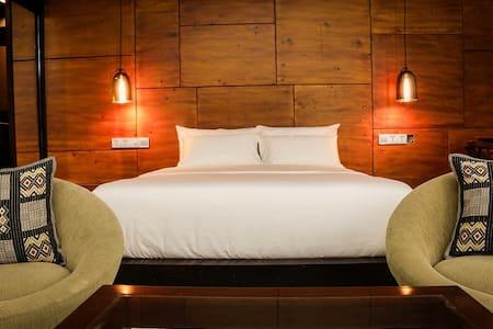 Villa Raha - Terrace Suite - Colombo