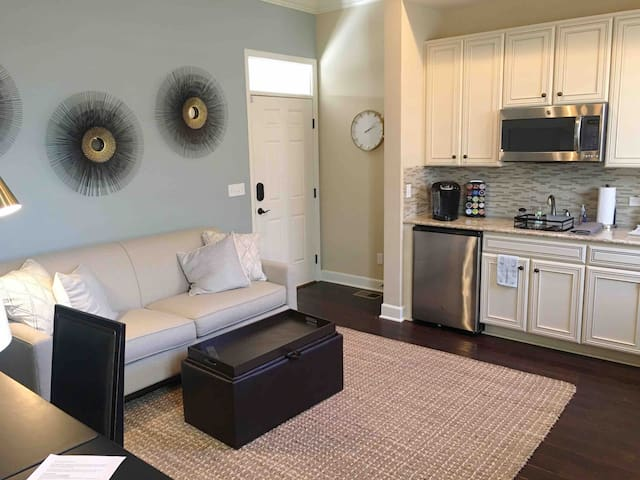 Guest Suite in Parker-Lone Tree w Private Entrance