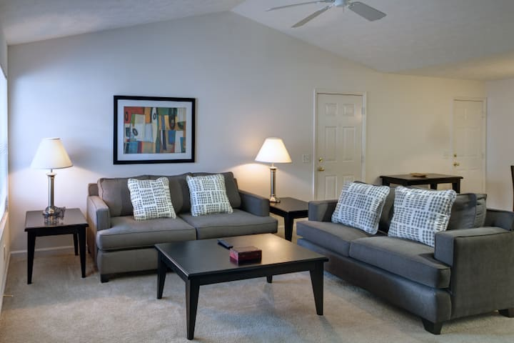 Amazing Apartment at Polo Club - 1b - Strongsville - Pis