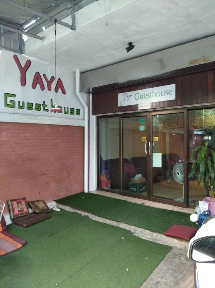 Welcome to Yaya close to Bts Chong nonsi