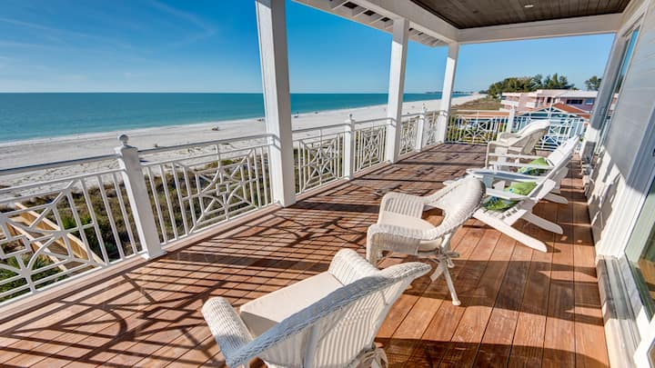 Luxury Beachfront Home on Lovely Anna Maria Island
