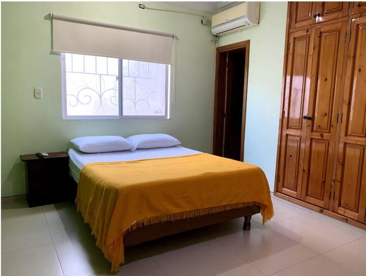 Habitacion cama doble, aire acondicionado privada