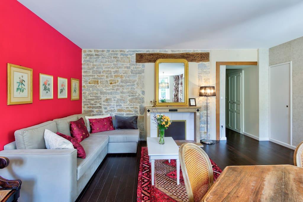 Le Magnolier living room