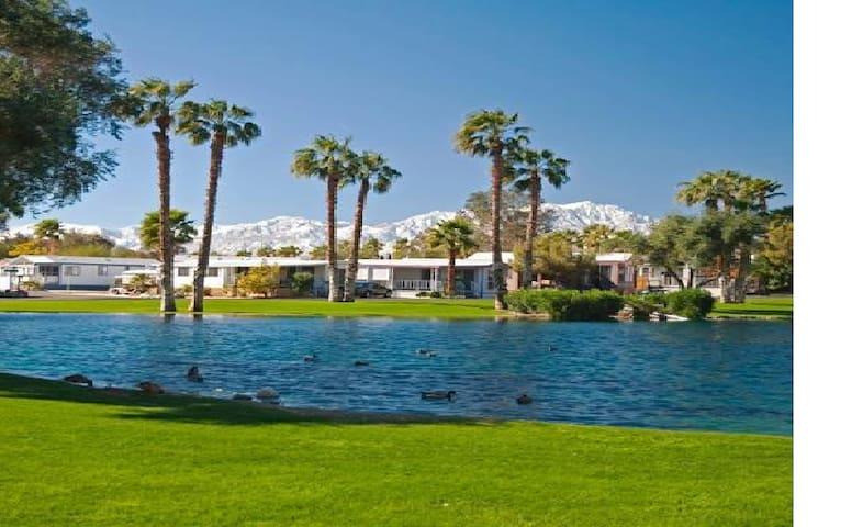 Resort Vacation Home/Hot Springs/Restaurant - Desert Hot Springs - Tatil evi