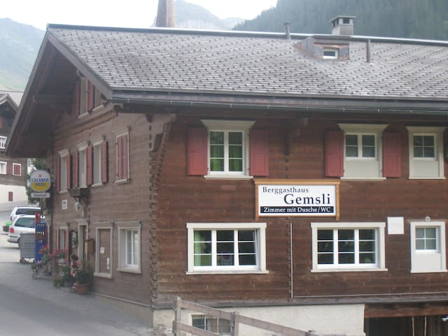 Berggasthaus Gemsli - Küblis - Bed & Breakfast
