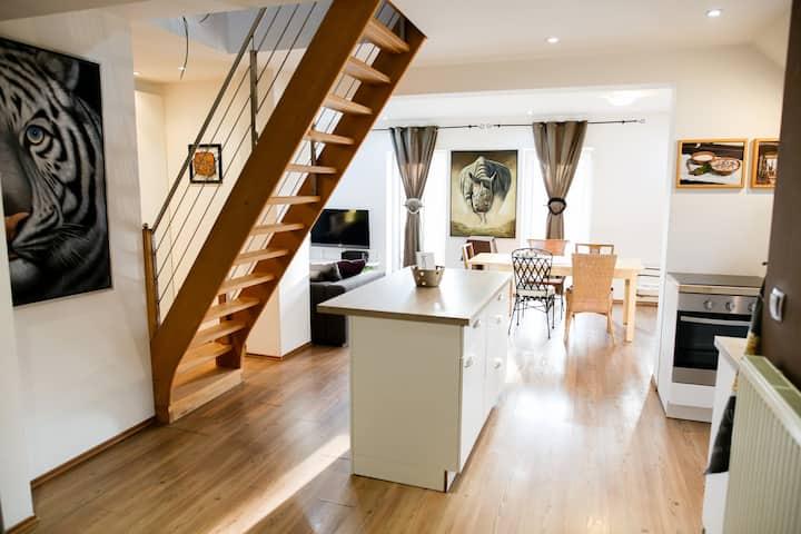 Big & cosy apartment for 8 guests