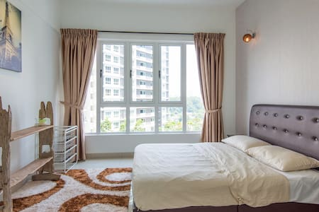 金海湾高级公寓民宿@靠近大皇宫 - Johor Bahru