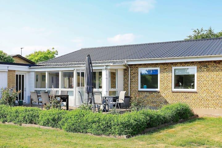 Traumhaftes Ferienhaus auf Jütland mit Terrasse