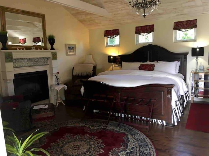1st Crush cottage ( Stay min 30 nite $60 per nite)