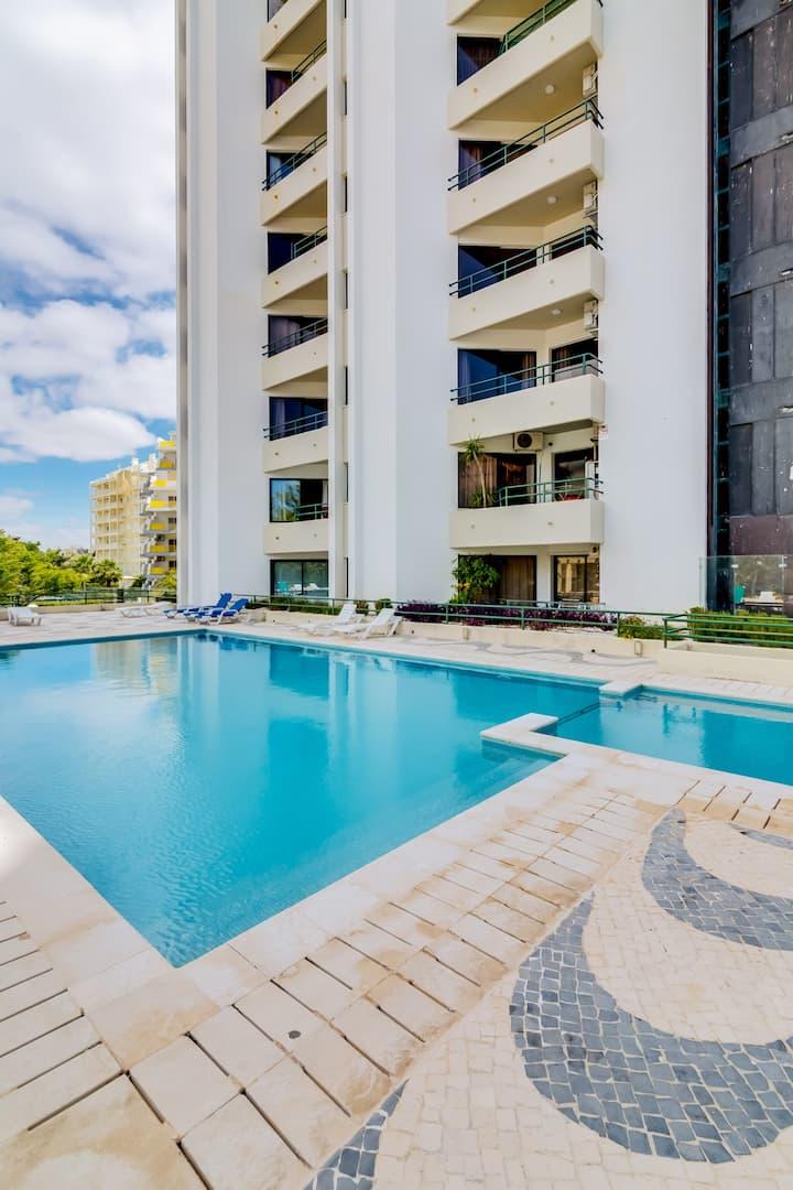 Tália III - Pool & City Center - Vilamoura