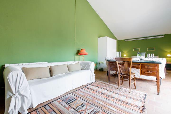Suite en chalet - Villafranca del Castillo - House