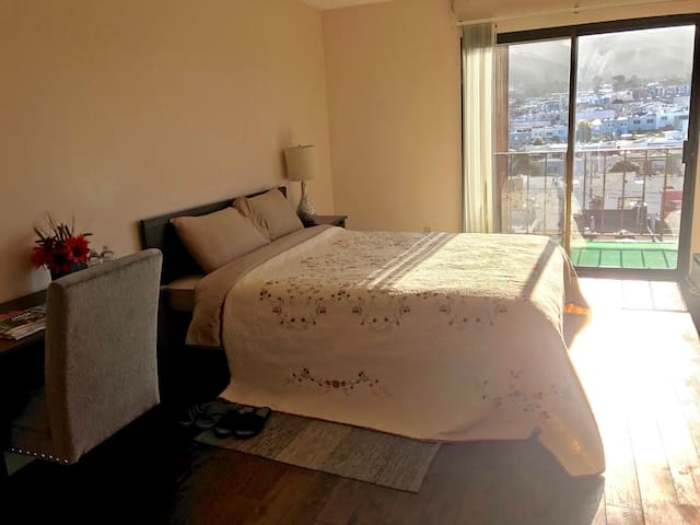 Brand new sunny room with great view - Daly City - Departamento