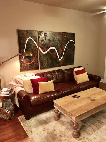 Cozy 1 bdrm apartment with parking! - New Orleans - Lägenhet