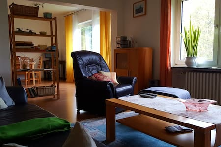 2-3 Zi. Wohnung mit separ. Eingang - Bad Oeynhausen - Apartamento