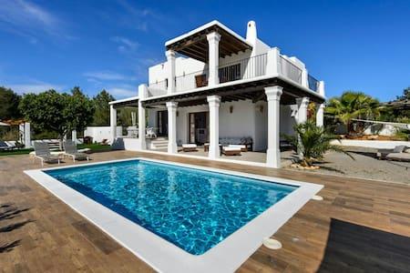 Villa encantadora  moderna en Ibiza(R.G.E. 001074) - Santa Eulalia - Вилла