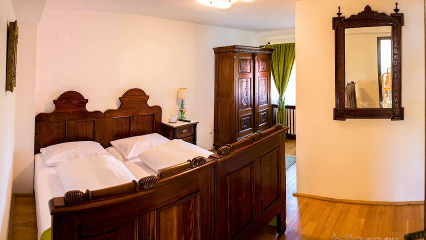 Cozy room near Dracula's Castle - Șimon - House