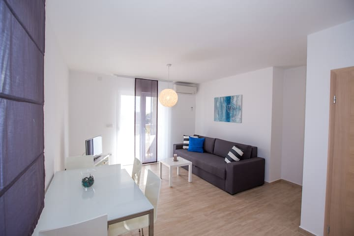 New and comfortable A2 Ivan (2+2) - Banjol - Daire