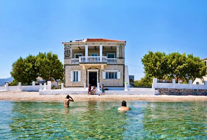 Potokaki Seaside Villa