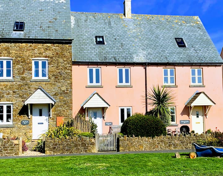 Aft Cottage