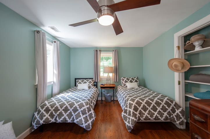 Bonus room through master bedroom with two twin beds