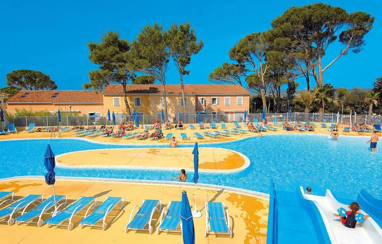 Resort club Domaine le Mas des Vignes - 1731