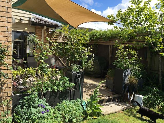 Deck, garden