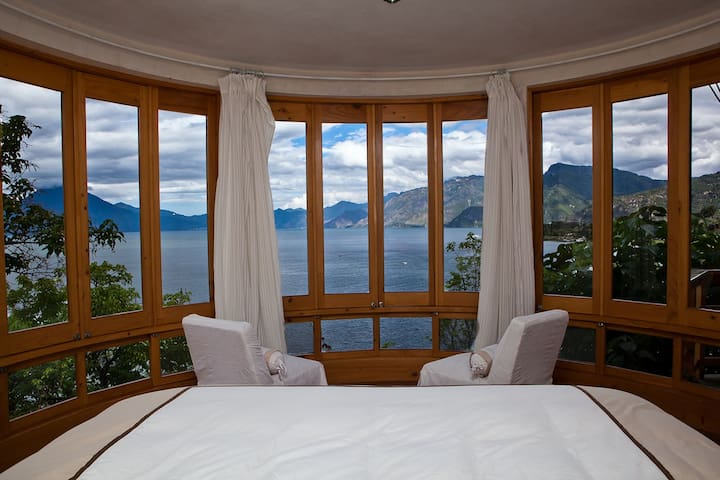 VBY- Villa Mirador · VBY- Villa Mirador · VBY- Villa Mirador · VBY- Villa Mirador · 2/br Lakeside Luxury Villa with juacuzzi & Kayaks