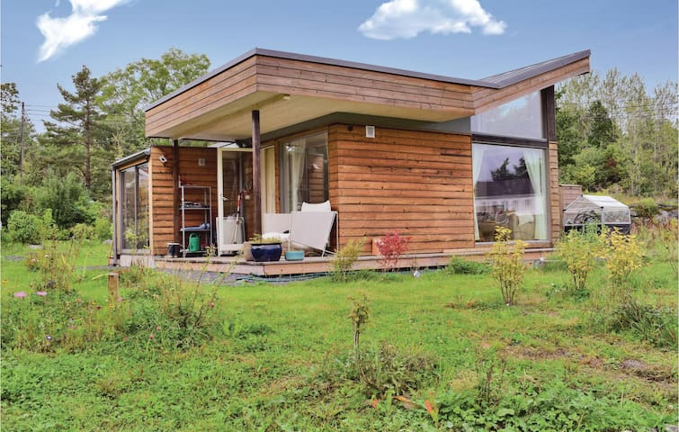 Holiday cottage with 1 bedroom on 44m² in Skåtøy