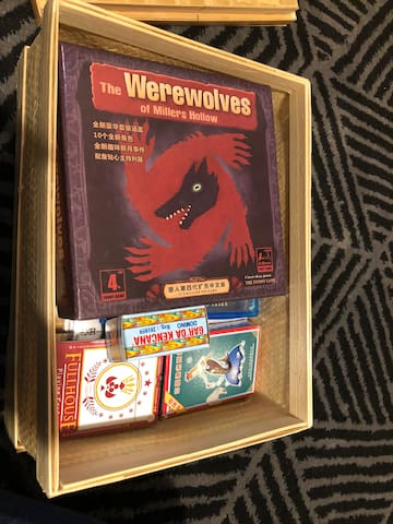 domino, playing cards, werewolves