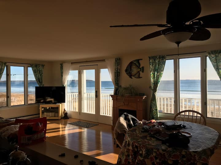 Oceanfront With Panoramic Views!