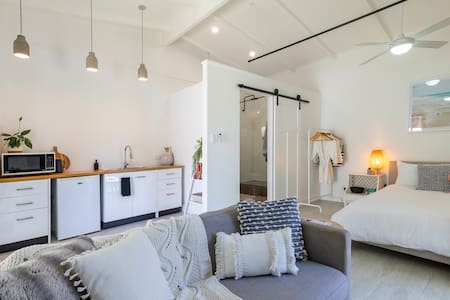 Mooloolaba Beach Studio (800m to beach)