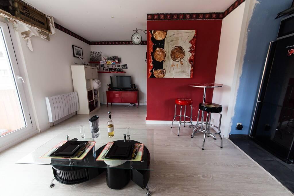 beau studio proche disney appartements louer meaux idf france. Black Bedroom Furniture Sets. Home Design Ideas