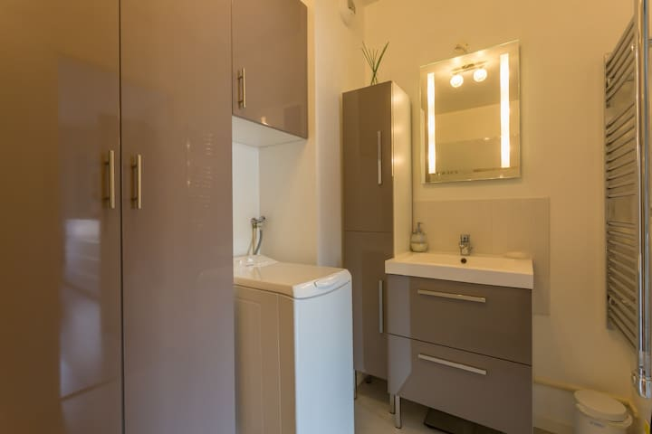 Appartement T2 (42m2) proche Orly et de Paris