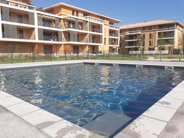 studio neuf  avec jardin  résidence avec piscine