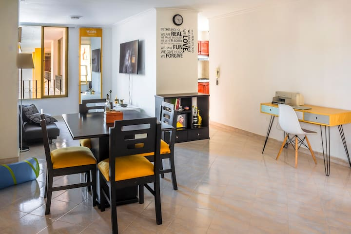 Comfortable and quite room in the historic center.