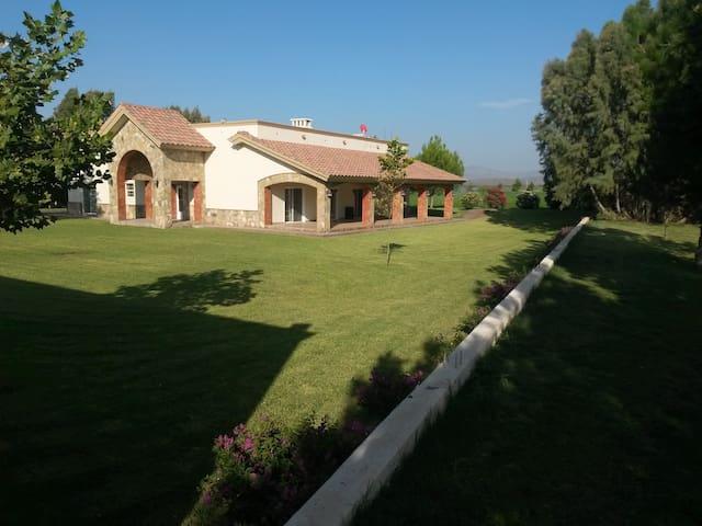 Hermoso Rancho - General Cepeda - Rumah
