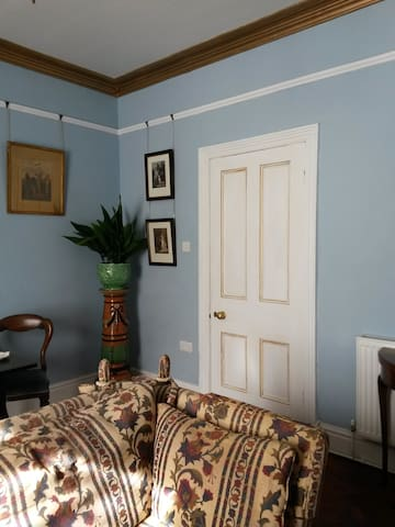 Hand finished paintwork