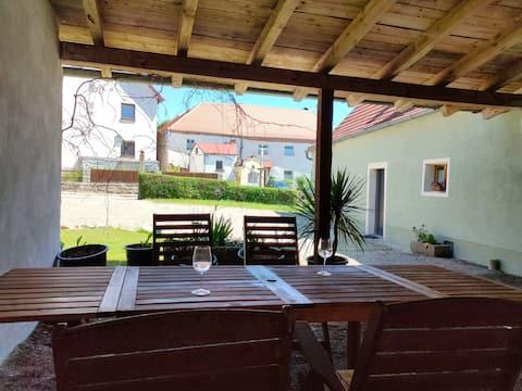 Casa de campo en el carril bici con bañera de hidromasaje y sauna (110m2)
