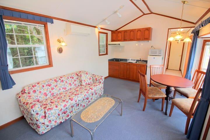 Private Cottage Star House 1 bdr 4 ppl BBQ SA6