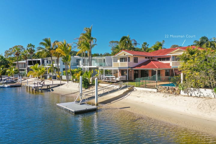 Convenience, Space & Location, Noosa Heads