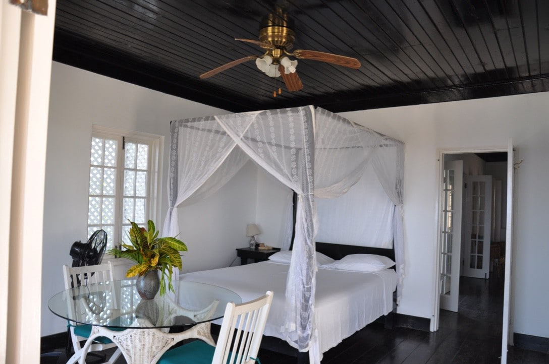 View Photos & Iya Ites Jamaica - Bed and breakfasts for Rent in Port Antonio ...