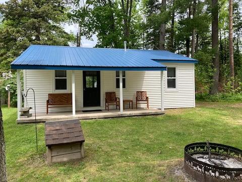 Blue Roof Cottage -Mullett Lake/Indian River